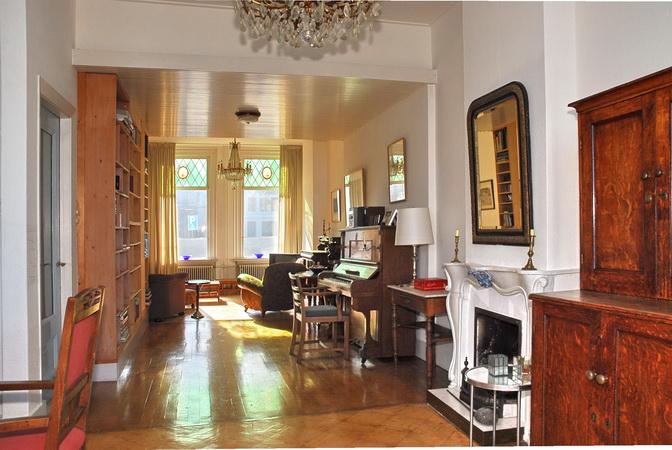 Interieur te koop grachtenpand grachtenhuis for Kapsalon interieur te koop