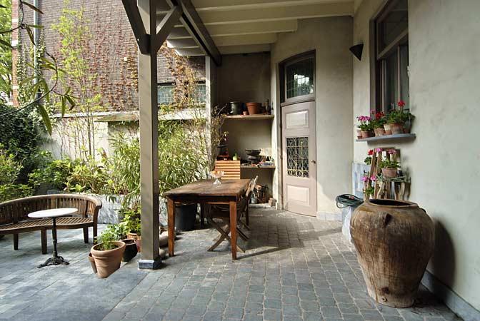 Patio tuin te koop grachtenpand grachtenhuis for Oud herenhuis interieur